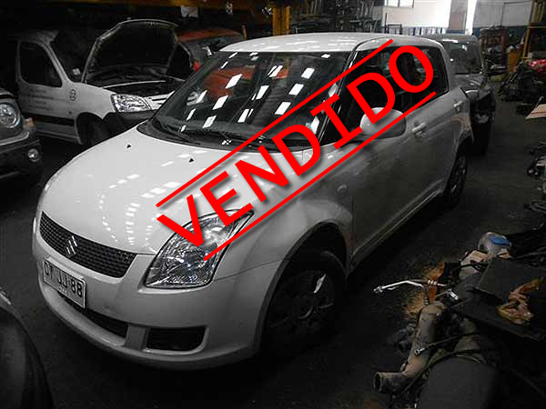 Suzuki  SWIFT 2011 -